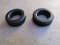Set of two grommets to fit the top triple tree.