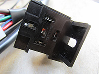 Socket to accept the turn signal flasher.