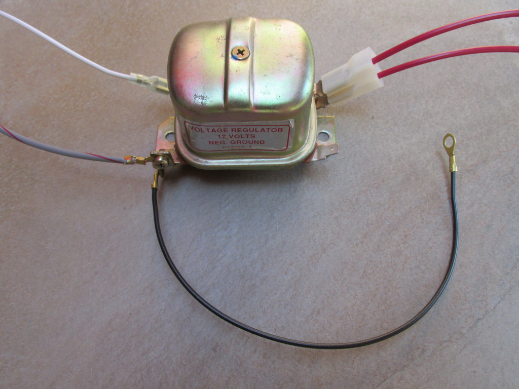 Aftermarket Bosch mechanical voltage regulator.