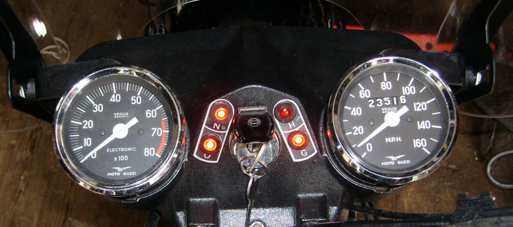 Complete assembly with full size rivet. Replacement dash indicator lights for Moto Guzzi V700, V7 Special, Ambassador, 850 GT, 850 GT California, Eldorado, 850 California Police.
