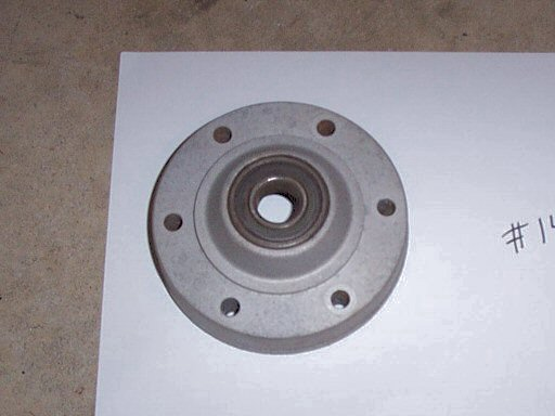 Disc brake hub flange / bearing carrier (non-disc side) for Moto Guzzi 850 GT, 850 GT California, Eldorado, and 850 California Police motorcycles fitted with a disc front brake.