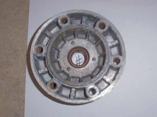 Disc brake hub flange / bearing carrier / disc carrier (disc side) for Moto Guzzi 850 GT, 850 GT California, Eldorado, and 850 California Police motorcycles fitted with a disc front brake.