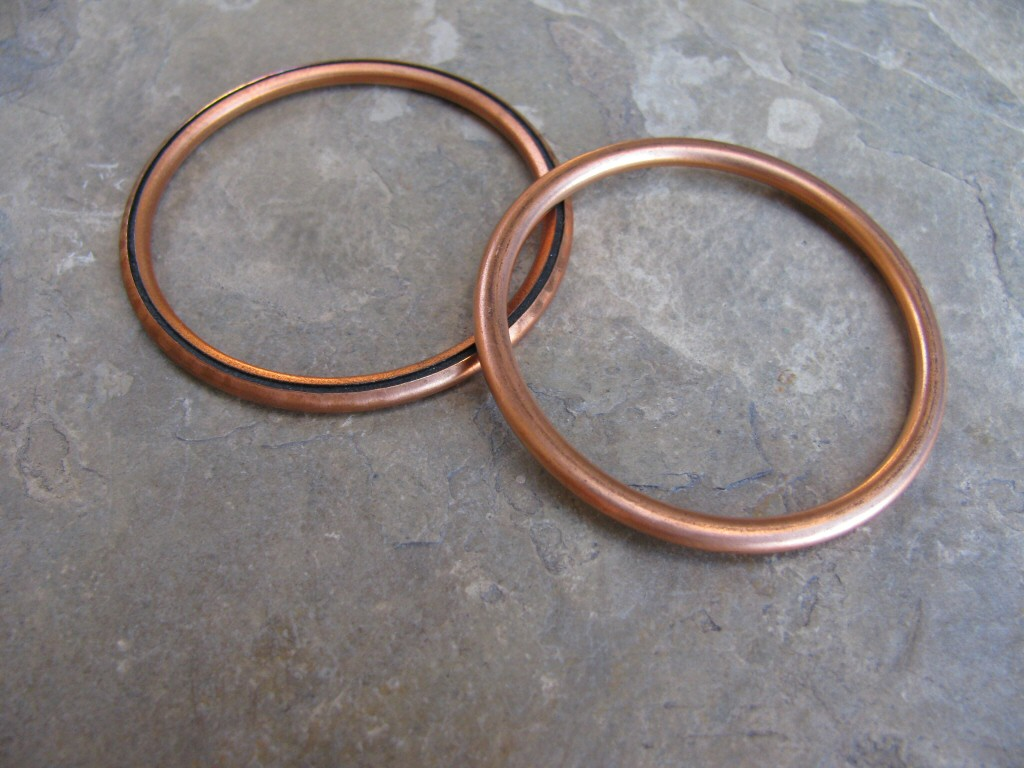Copper sealing ring/gasket/washer used between the cylinder head and the header pipe MG# 90718375.