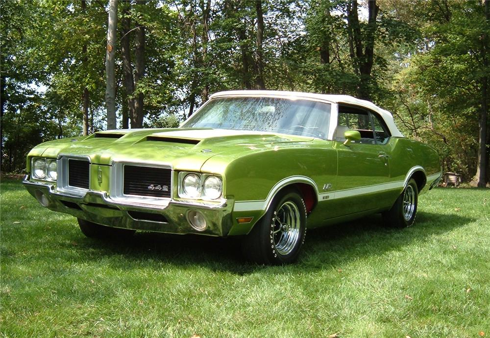 1971 Oldsmobile 442. GM Color Code 43 Lime Green (color code is specific to 1971).