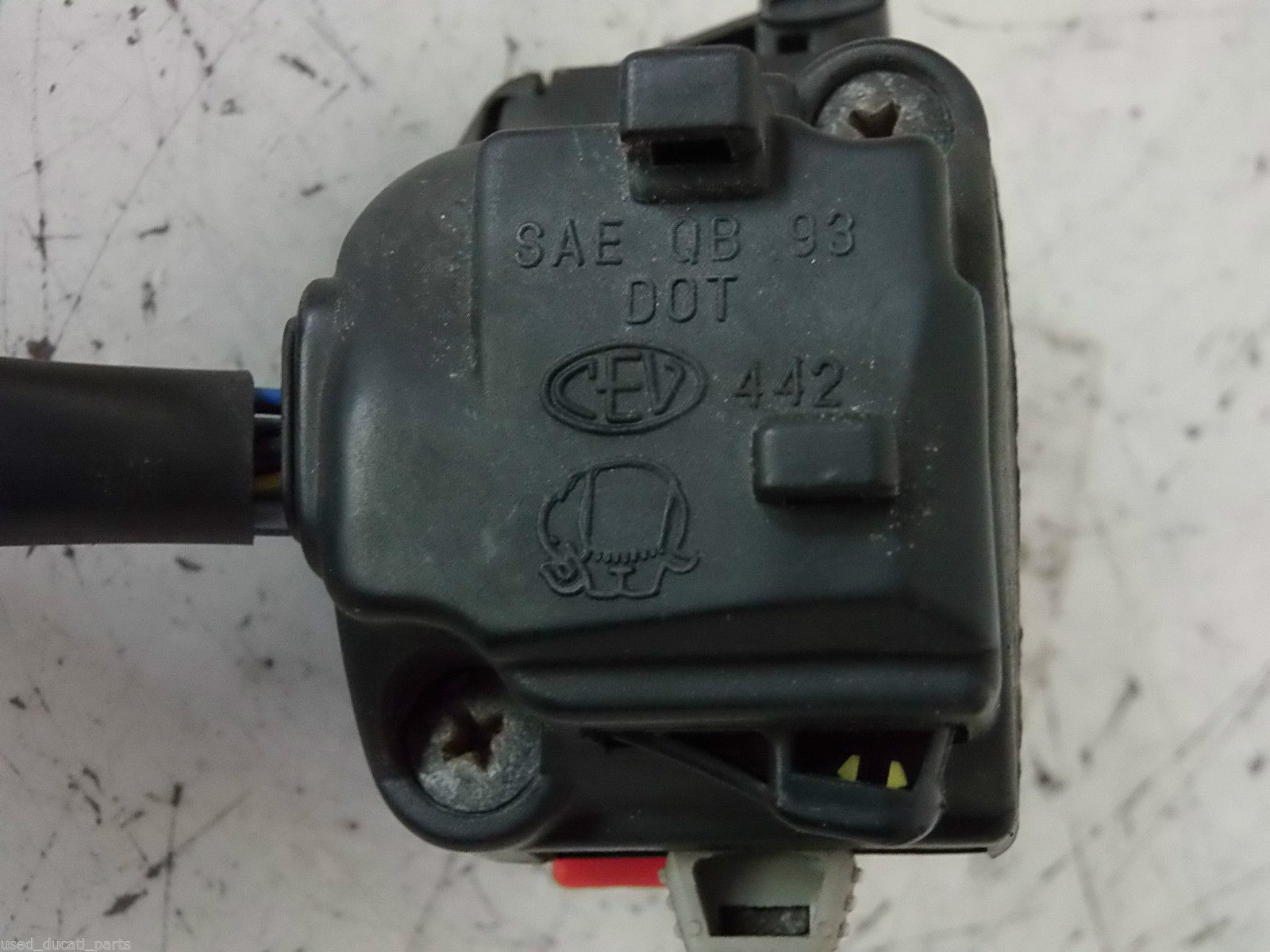 CEV 442 handlebar switch.