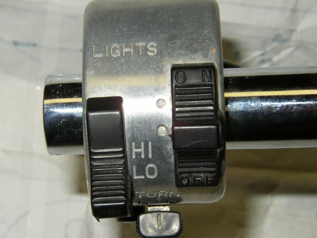 Suzuki handlebar switch 577-6.
