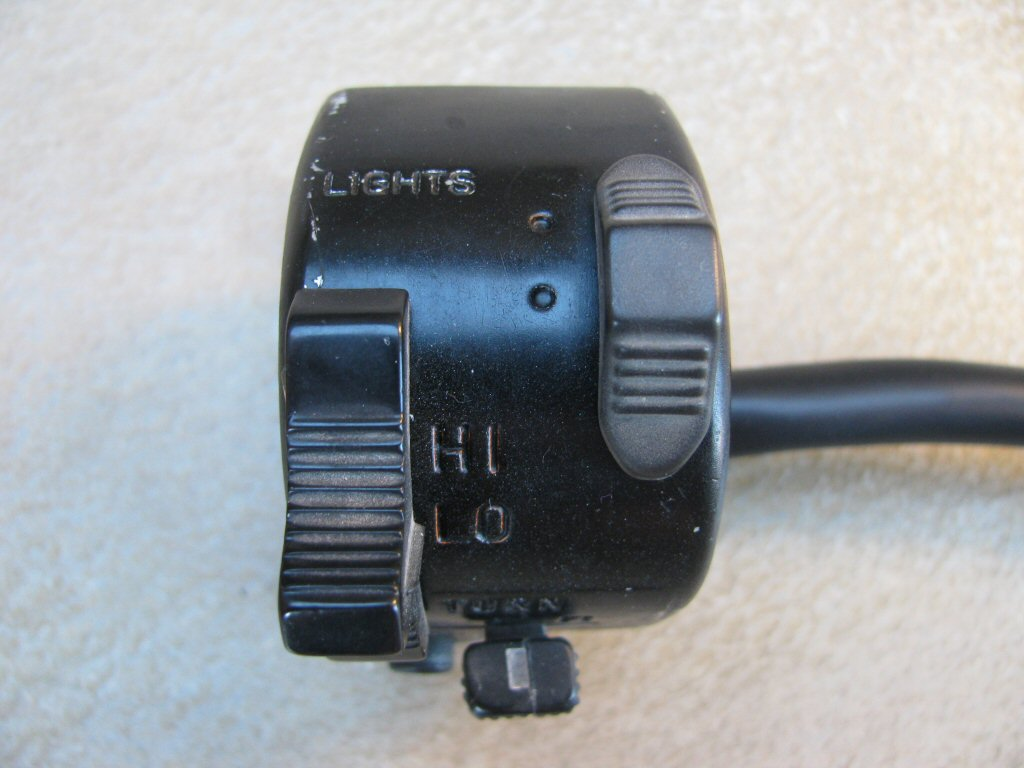 Suzuki handlebar switch 577-8.