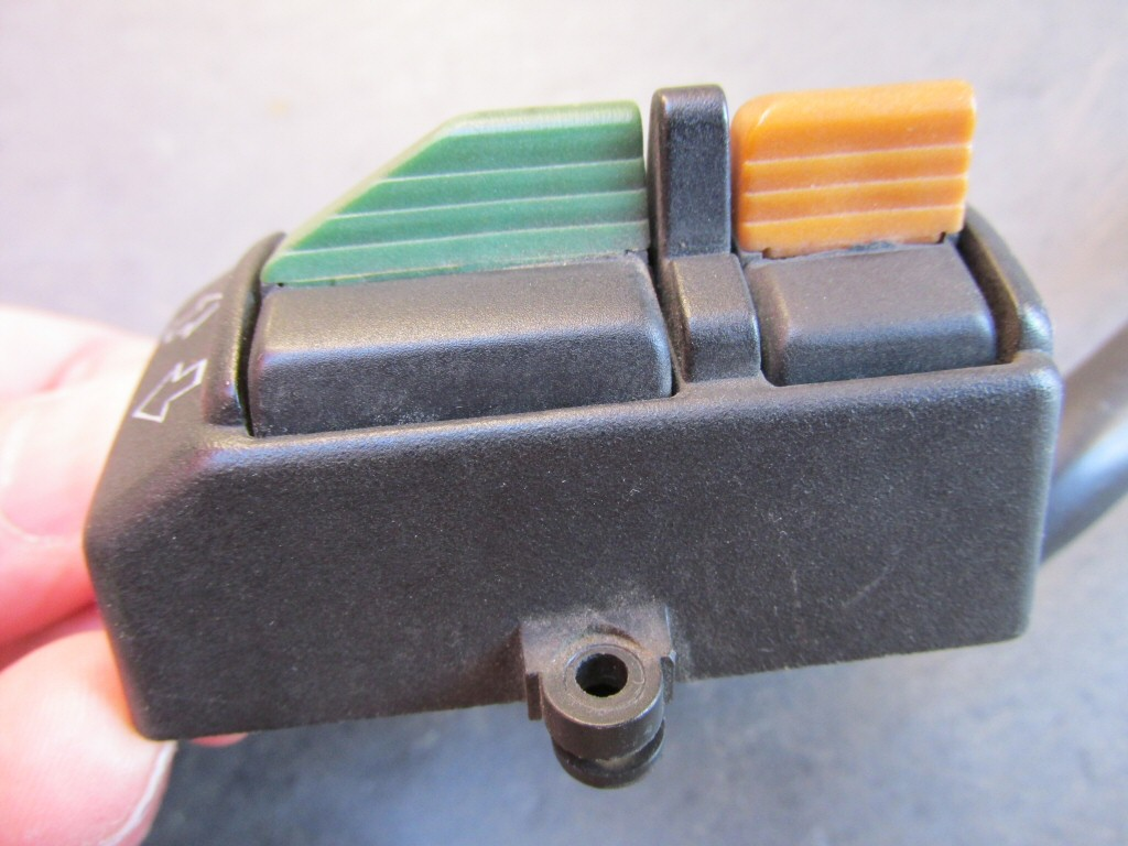 Left handlebar switch wiring for a 1985 Moto Guzzi Le Mans 1000 (MG# 28738040).