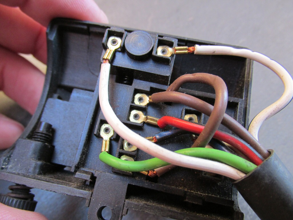 Right handlebar switch wiring for a 1985 Moto Guzzi Le Mans 1000 (MG# 28750340).
