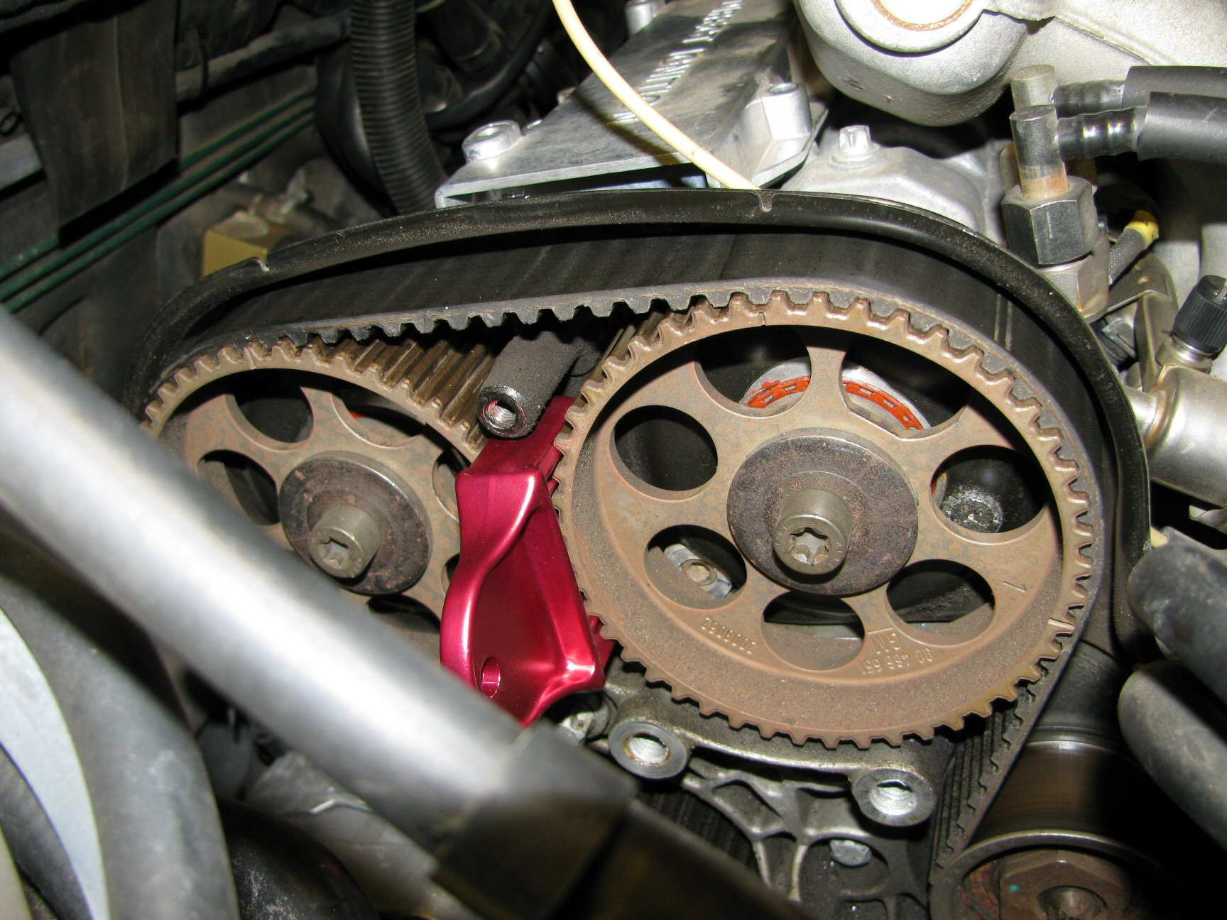 Camshaft pulleys 1 (left) and 2 (right).